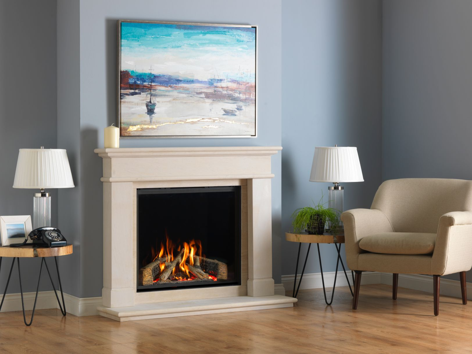 Onfinity 800HD Gas Fire in Balmoral Fireplace Surround